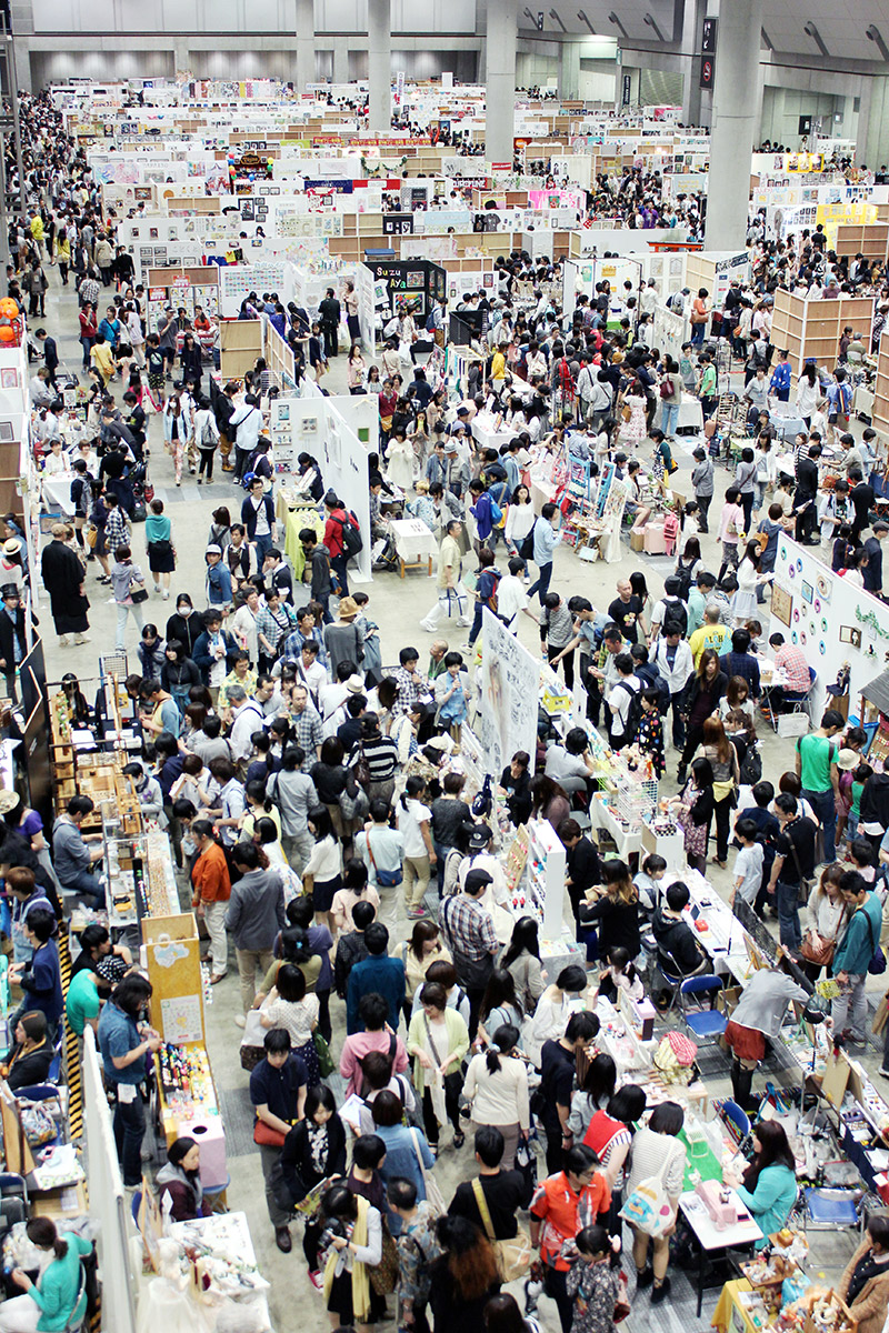 tokyo design festival room full of people