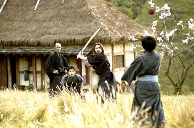 tom cruise dressed as a samurai