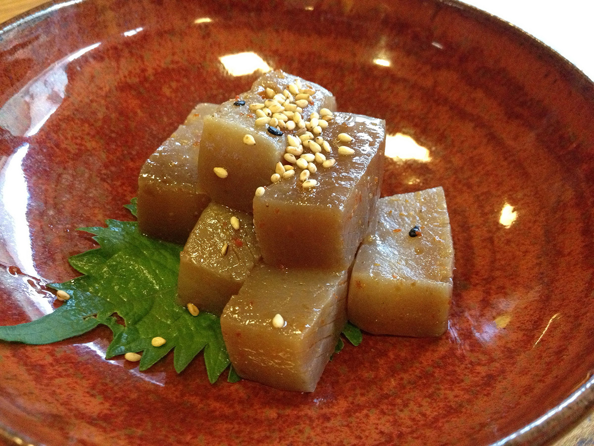 konnyaku with sesame in a bowl