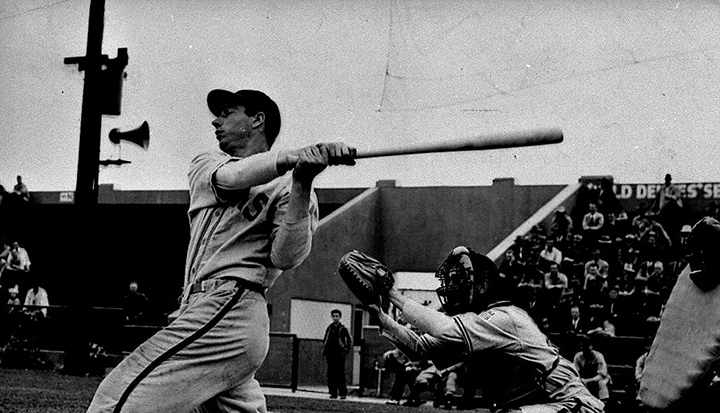 baseball player lefty odoul at bat