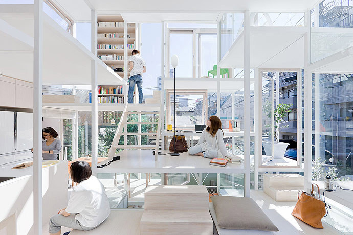 Japanese apartment with transparent walls