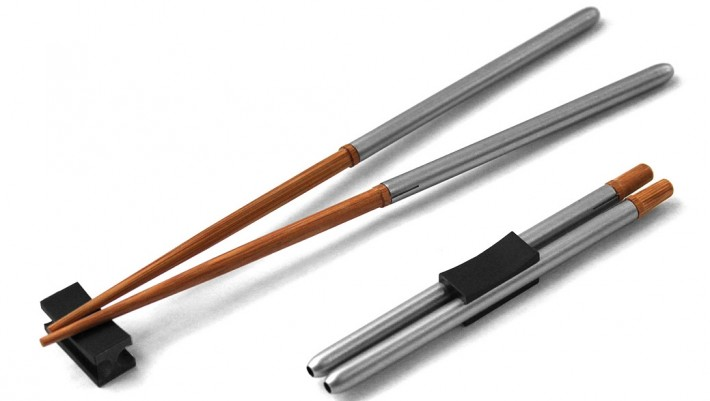 Two pairs of collapsible chopsticks