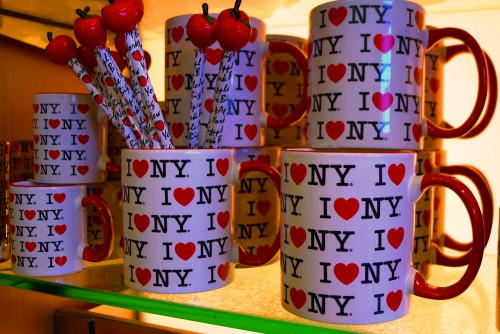 i heart ny mugs and pencils