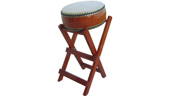 hiradaiko small taiko drum on stand