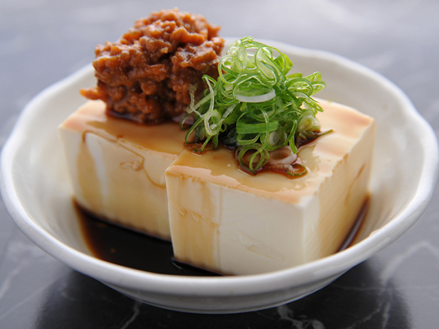 tofu with mince meat and onions