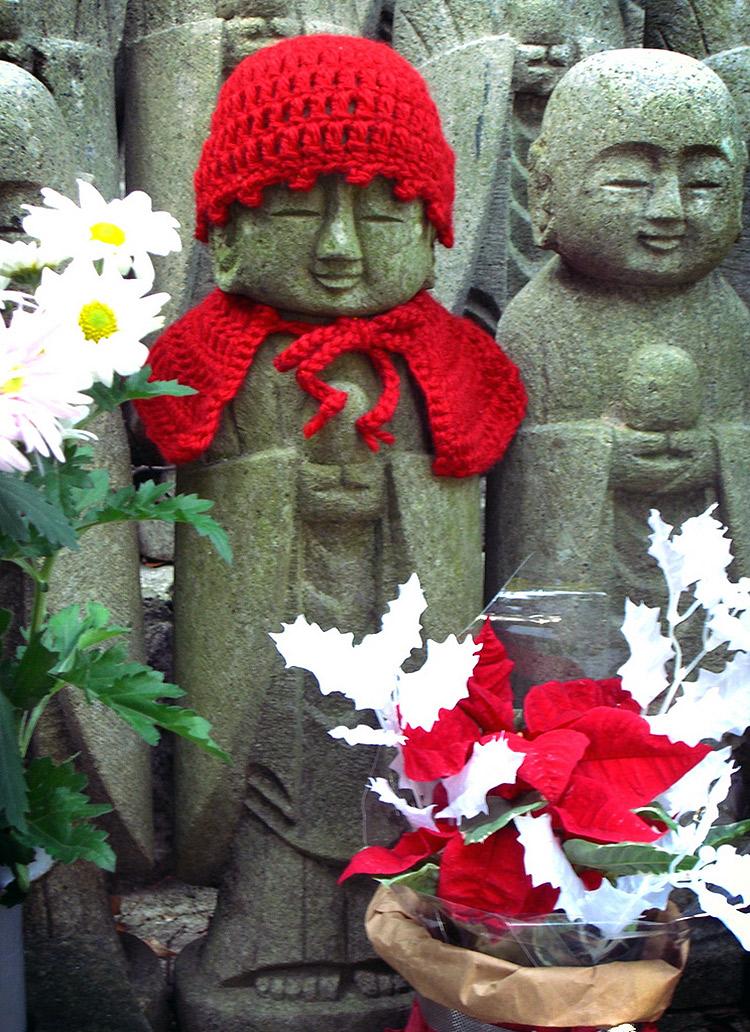 knitting for jizo in red