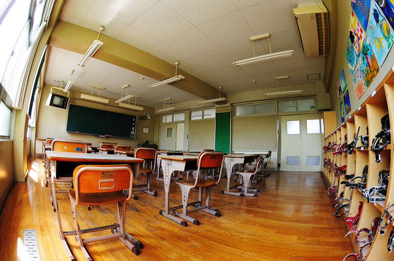 empty japanese classroom desks