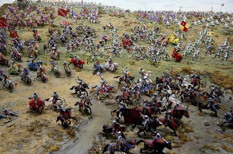 diorama of medieval european battle