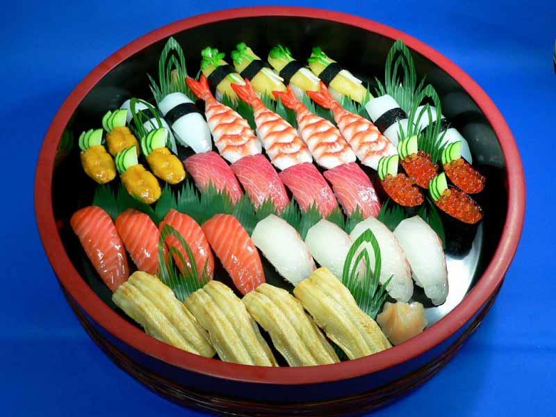 plastic sushi dish