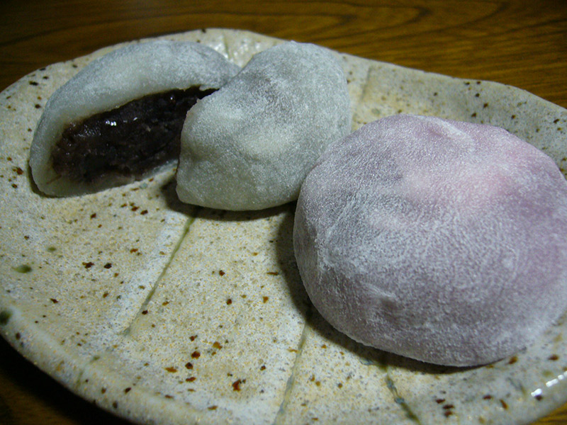 daifuku mochi rice with anko on a plate