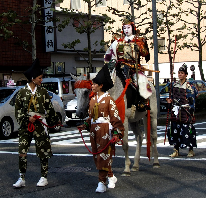 tomoe gozen in a parade