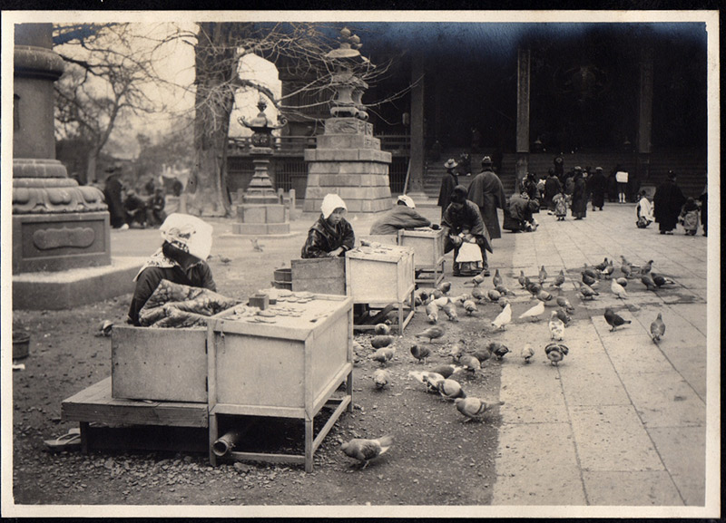 vendors at a shrine