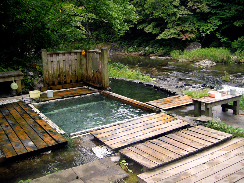 outdoor onsen japanese body image