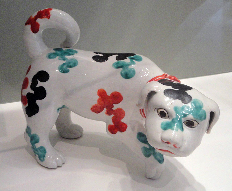 ceramic japanese style white dog