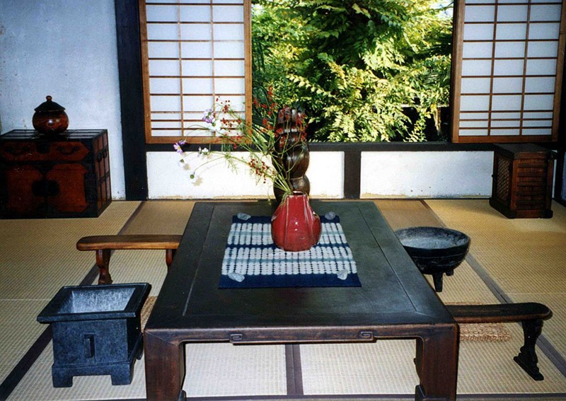 japanese house table settings pottery