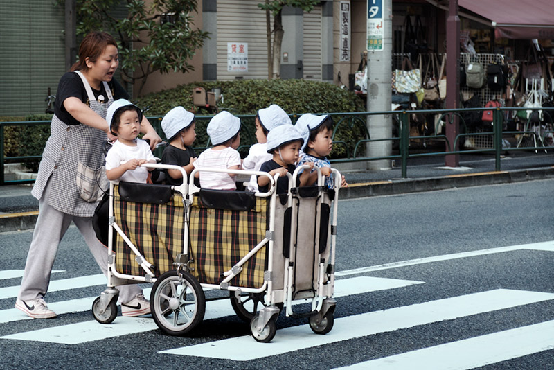 japan infants crossing street