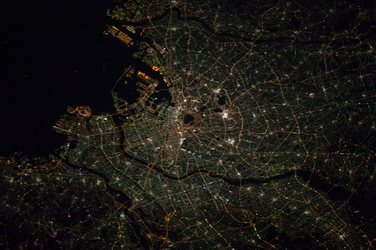Satellite photo of Tokyo during the evening
