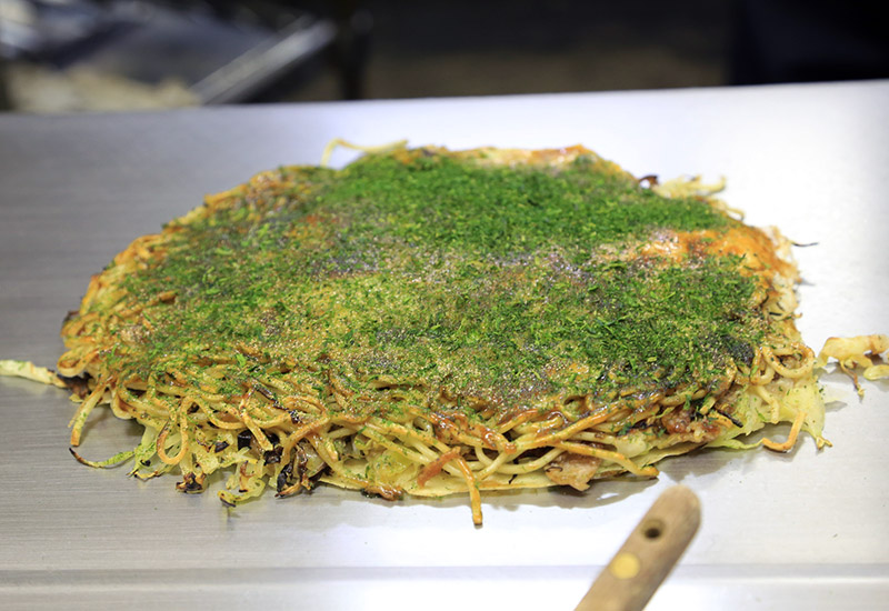 hiroshima style okonomiyaki aonori