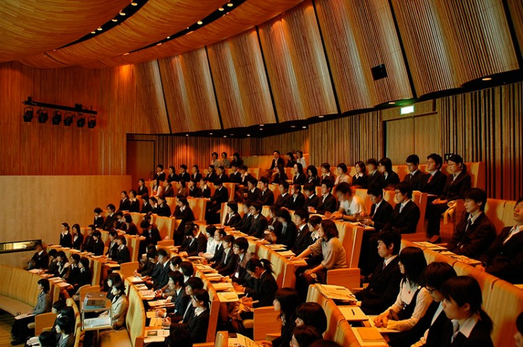 Japan job hunters seated at an information session