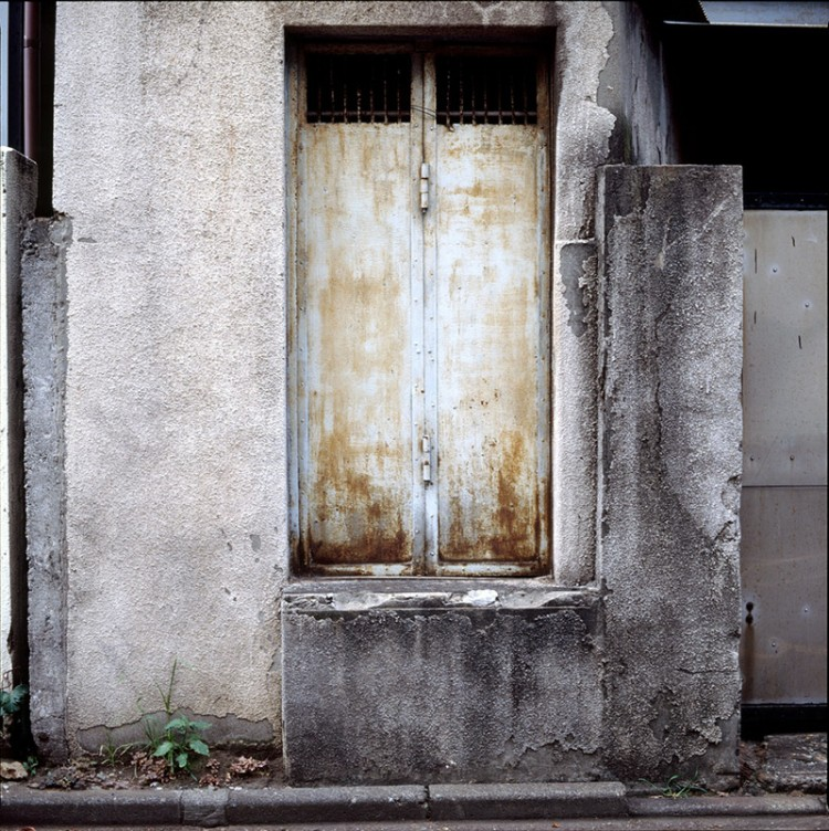 concrete door
