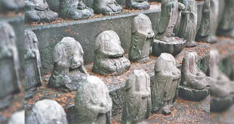 small headless statues