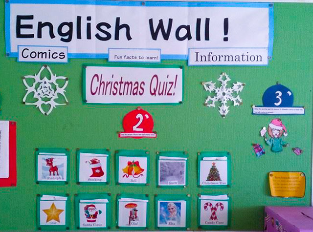 japanese school bulletin board with christmas theme