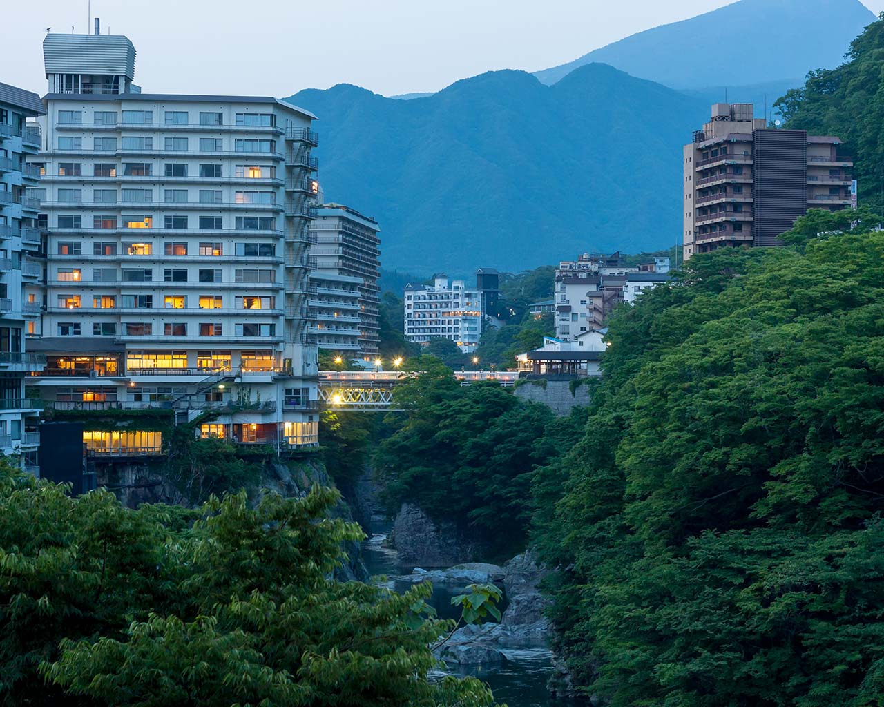 Kinugawa onsen valley and hotels