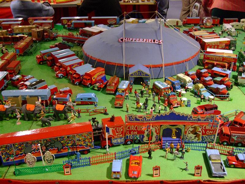 kobun jodoushi fake circus