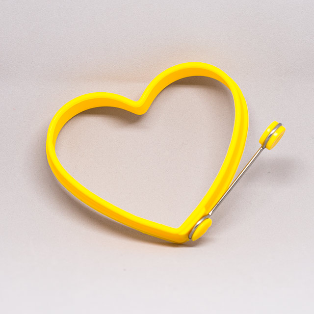 silicone egg molder in heart shape