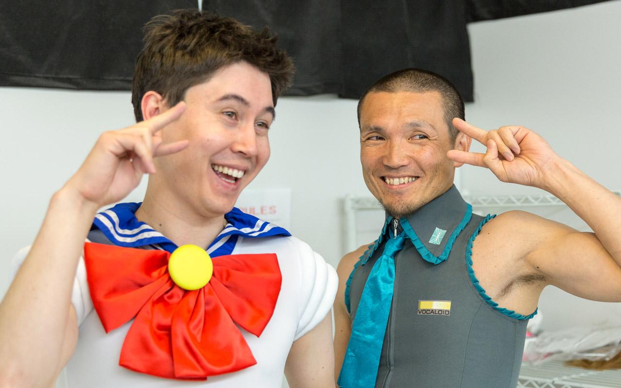 koichi and an oosan in cosplay