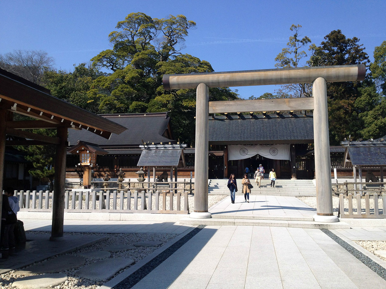 giant stone gate japanese shinto shrine