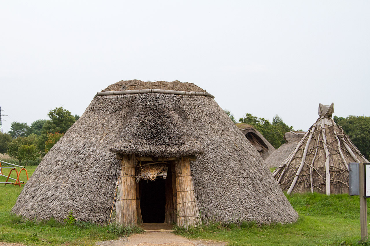 japanese historic thatch hut