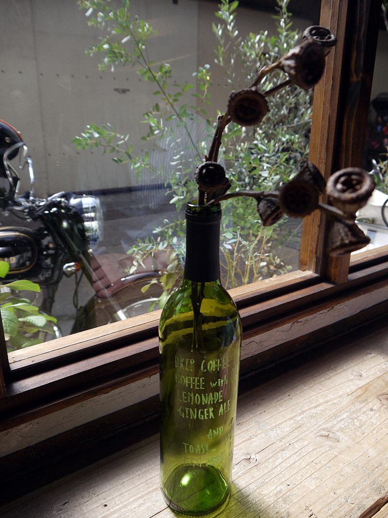 wine bottle vase kyoto cafe japan