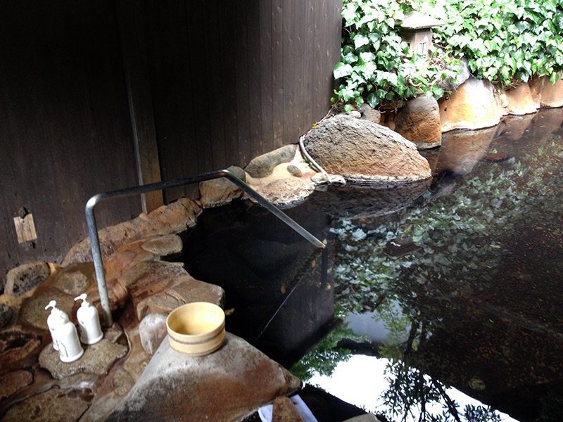 onsen water and rocks