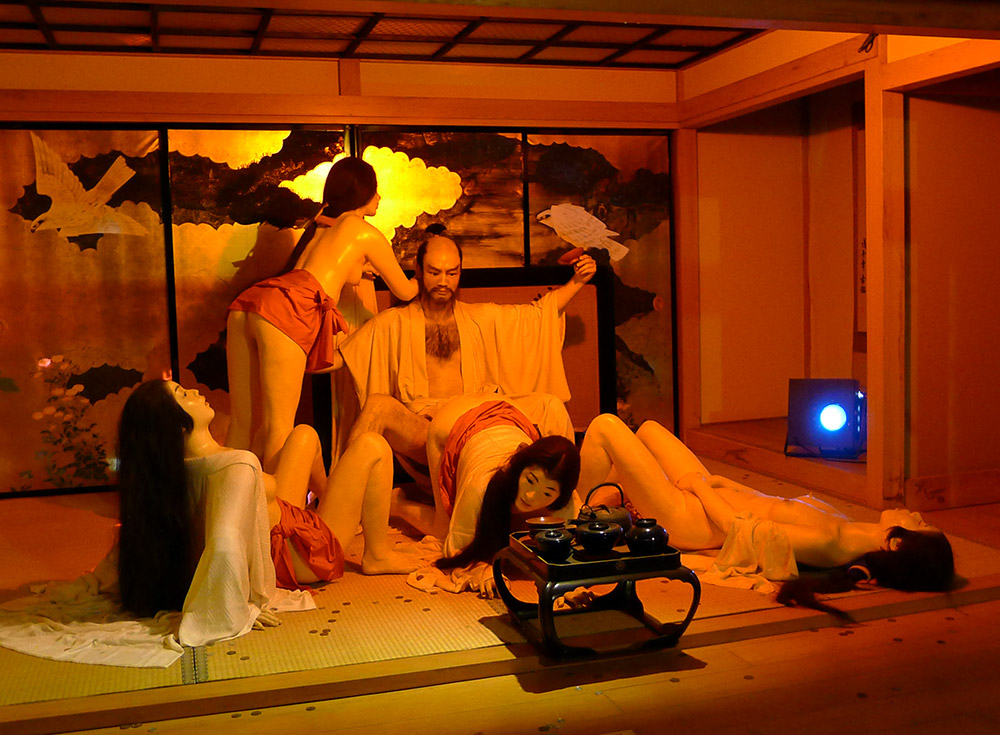 japanese lord in an orgy statues