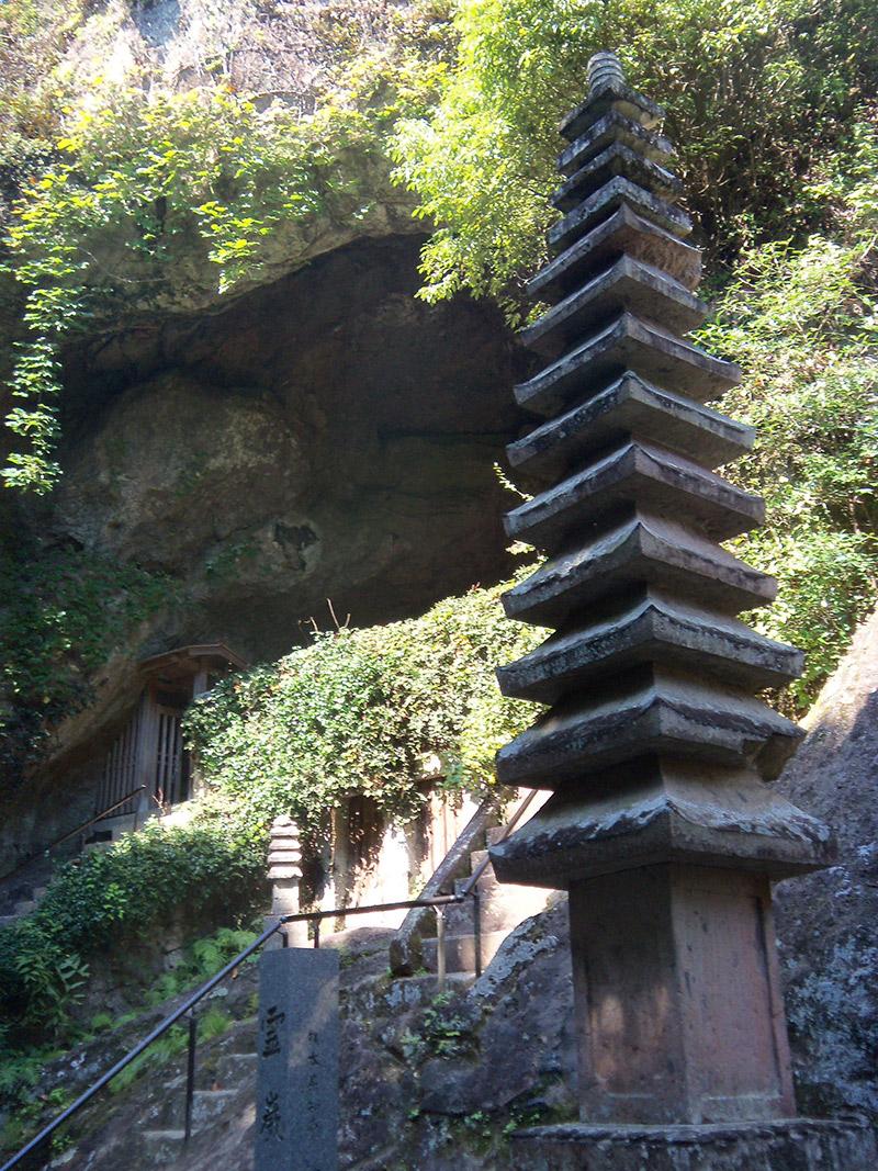 japan temple entrance