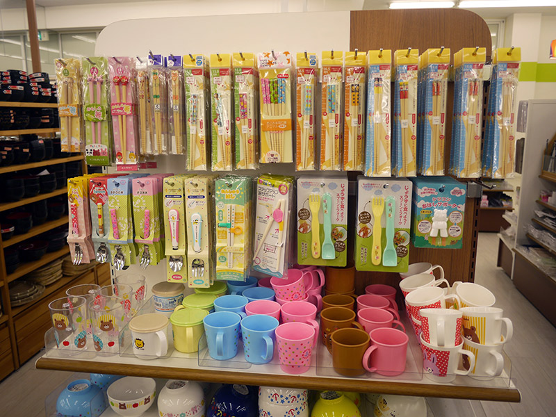 Plastic children's cups and utensils
