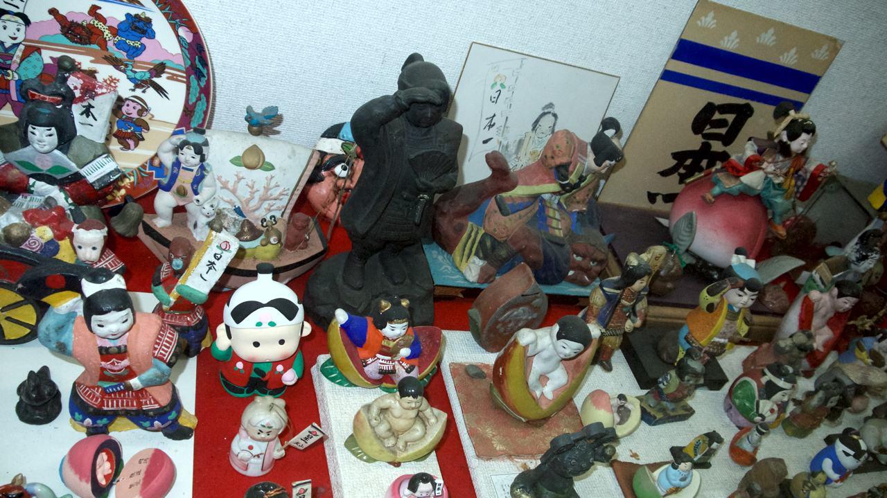 knick knacks at momotaro museum