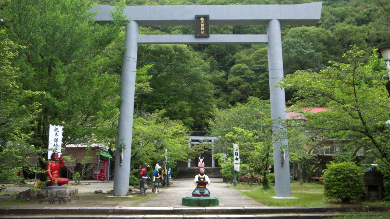 torii gate at momotaro shrine