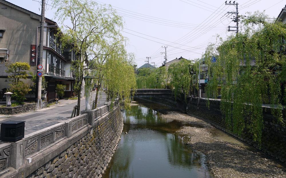 maruyama river running through kinosaki