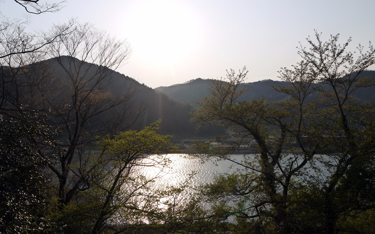 beautiful lake in hyogo japan