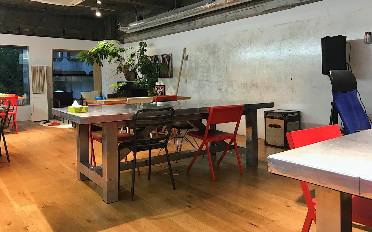 tables inside the snack tokyo coworking space