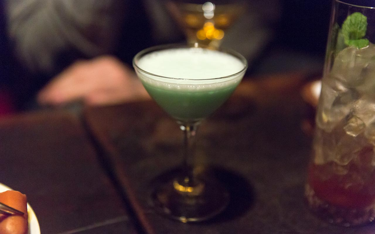 grasshopper cocktail served at lupin in ginza