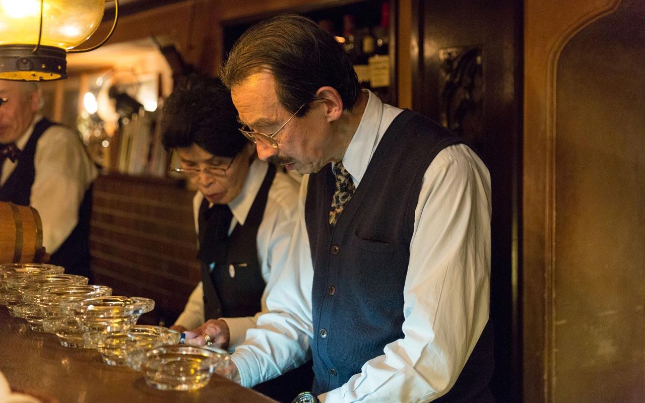 takasaki tatsuhiko the owner of bar lupin